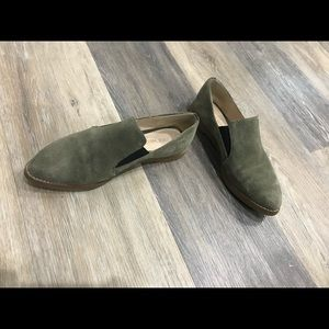 Cole Haan Shoes - Cole Haan green suede leather loafer